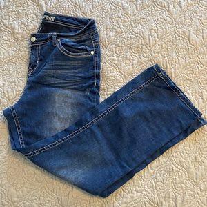 Like New Wallflower Bootcut Jeans Size 14